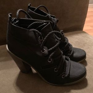 NWOT Deena & Ozzy Booties Black 8 Women's